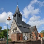 Vue de l'Église par la route d'Attiche