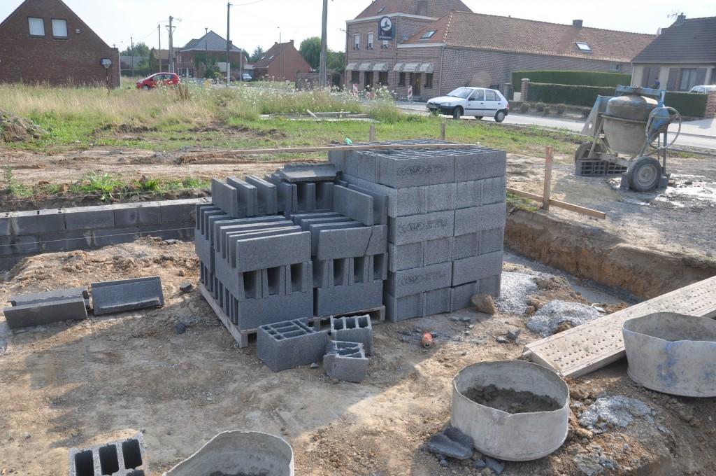 Maconnerie sur base semelles largies maisons d 39 en flandre for Parpaing fondation