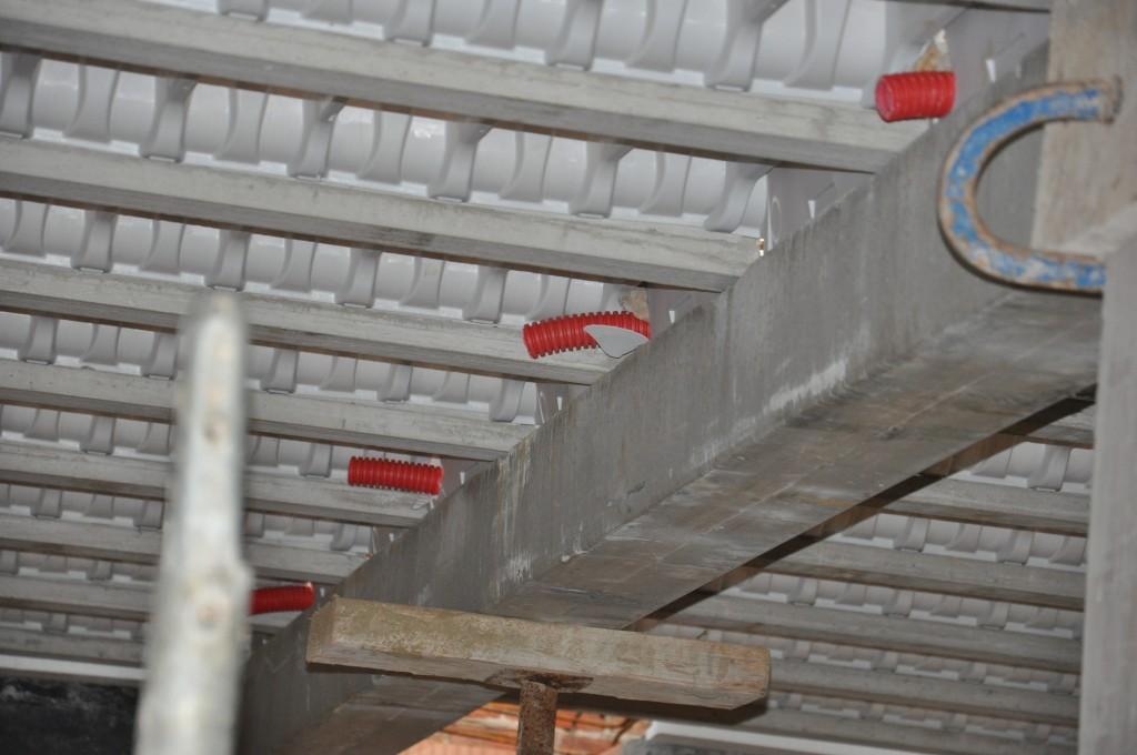 Coffrage et pr paration pour plancher tage maison - Table de compression plancher ...