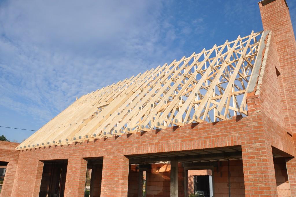 Pose de la charpente construire maisons d 39 en flandre for Cout charpente maison