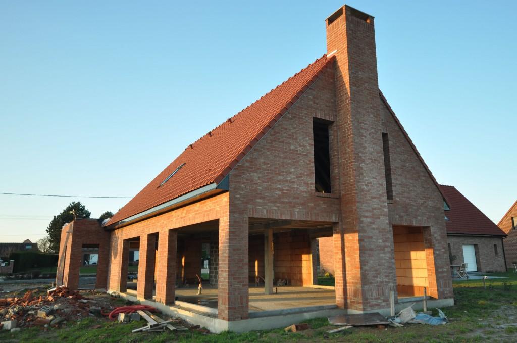 Toiture termin e avant les f tes constructeur maisons for Constructeur maison contemporaine nord