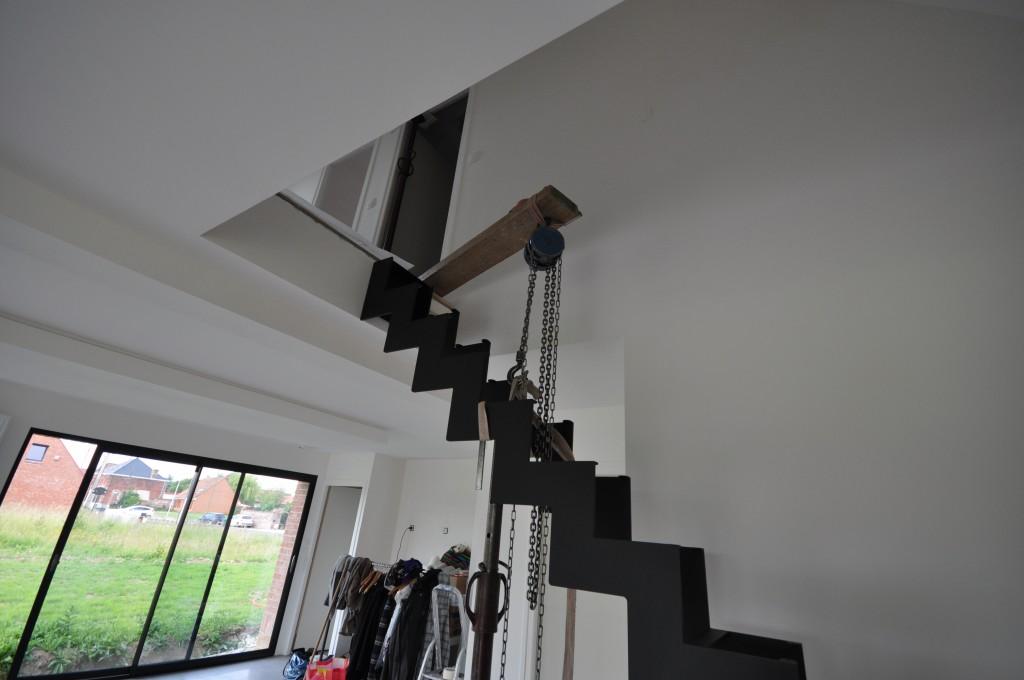 escalier m tal d 39 hondt construire avec maisons d 39 en flandre. Black Bedroom Furniture Sets. Home Design Ideas
